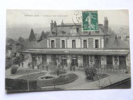 CPA (46) Lot - FIGEAC - La Gare, Vue Intérieure - Figeac