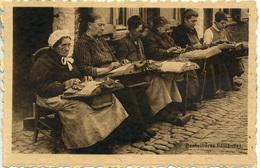 BELGIUM - DENTELLIERES FLAMANDE (LACE MAKERS) B4 - Professions