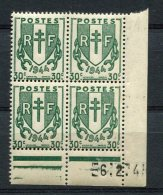 2269    FRANCE   N° 671  Chaînes Brisées 30 C Du 06/02/45   SUPERBE - Dated Corners