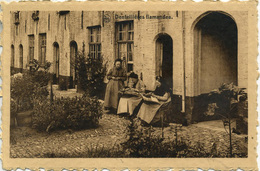 BELGIUM - DENTELLIERES FLAMANDE (LACE MAKERS) B7 - Professions