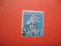 Perforé  Perfin  Référence Ancoper France  : SM153 - Gezähnt (Perforiert/Gezähnt)