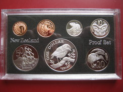 New Zealand 1984 Proof Coin Collection Set Cent - $1 Silver Dollar Black Robin By Royal Mint - New Zealand