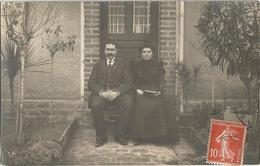 CPA Photo M. Et Mme CHAMOIN Posant Devant Leur Maison Du 12 Rue De La Reine Blanche Carte Envoyée Au Général FELDMANN - Troyes