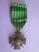 MEDAILLE CROIX DE GUERRE 1930 1940 RUBAN ETAT FRANCAIS VICHY - Frankreich