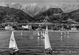 Cartolina Marina Di Massa Panorama Dal Mare Barche A Vela 1965 - Massa
