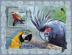 MOZAMBIQUE 2007 SHEET PARROTS PERROQUETS LOROS PAPAGAIOS PAPAGEIEN PAPPAGALLI BIRDS OISEAUX AVES Moz7124b - Mozambique