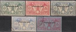Nouvelles Hebrides 1925 Michel Taxe 1 - 5 Cote (2005) 37.50 Euro Armoiries Cachet Rond - Timbres-taxe