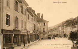 CPA - SAINT-DIE (88) - Aspect Des Arcades De La Place J.Ferry Et Rue Thiers Dans Les Années 20 - Saint Die