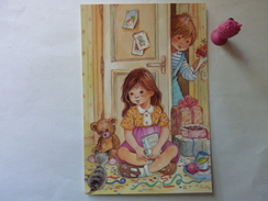 Enfants Avec Jouets , Petit Chat - Children