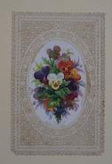 Belle Image Ornée De Chromo Médaillon De Fleurs, Bouquet De Pensées Avec Bordure Finement Ajourée De Type Canivet - Devotion Images