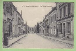 LA FERTE BERNARD : Rue Denfert Rochereau, Le Garage Moderne. TBE. 2 Scans. Edition J B - La Ferte Bernard