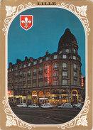 Cartes Postale Des Années 70-80 Du Nord - Lille - La Place Du Théâtre - La Rue Faidherbe - Automobiles En Petit Plan - Lille