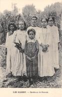 ILES GILBERT / Chrétiens De Nonouti - Beau Cliché - Kiribati
