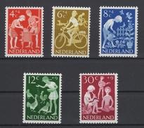 Pays Bas: 1962. Catalogus NVPH N° 779/83 **. Cote NVPH 2015: 6 € - Period 1949-1980 (Juliana)