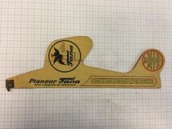 17K/5 - Jouet Publicitaire En Carton Avion Tana Crème Pour Chaussures Brevet Belge - Pubblicitari