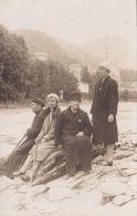 Lourdes - Groupe De Pélerins - Personnes Anonymes