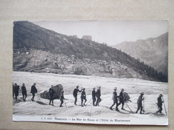 HAUTE SAVOIE  74    CHAMONIX   -    LA MER DE GLACE   ET HOTEL DU MONTANVERS       TRES  ANIME    TTB - Chamonix-Mont-Blanc