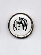 JOHN LENNON, Pin (050) - Music