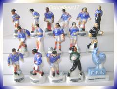 Foot ,Fedération Française Football ..Serie Complète De 16+4 Complèment... Ref. AFF :19 Et 104-1998 ..( 0031) - Sports