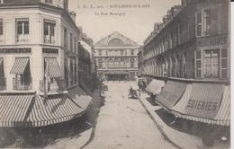 + CPA 62 Boulogne Sur Mer - La Rue Monsigny - Vue Soieries + - Boulogne Sur Mer