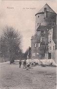 Carte Postale Ancienne De La Nièvre - Nevers - La Tour Goguin - Nevers