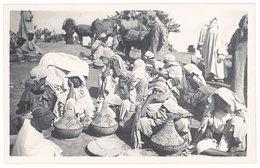 Cpa Carte-photo Afrique, Algérie, Maroc ? - Les Plats De Couscous - Cartes Postales