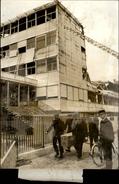 PHOTO - Photo De Presse - PARIS XIX - Incendie Du Collège Pailleron - - Célébrités