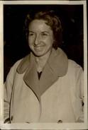 PHOTO - Photo De Presse - Justice - Mme Richard - Affaire LACAZE - 1959 - Célébrités