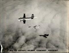 PHOTO - Photo De Presse - AVIATION - Atlantic - Etendard - Crusader - Avions Militaires - Aviation