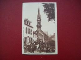 Carte Postale Ancienne De Plomodiern: Le Clocher - Plomodiern