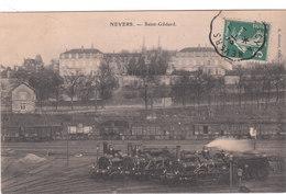 Carte Postale Ancienne De La Nièvre - Nevers - Saint Gildard - Locomotives En Moyen Plan - Nevers