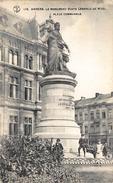 Antwerpen Anvers    Le Monument Standbeeld Buste Leopold De Wael    Place Communale        X 1677 - Antwerpen