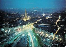 """BRUXELLES (1000) : """"Bruxelles Au Crépuscule"""" - Vue Aérienne Nocturne Des Environs De La Grand Place. CPSM Rare. - Bruxelles La Nuit"""