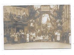 45 - Carte Photo PITHIVIERS  ??: Un Jour De Fête,  Cherret, Photo PITHIVIERS, - Pithiviers