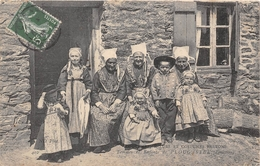 29-PLOUGASTEL-FEMMES ET ENFANTS DE PLOUGASTEL - Plougastel-Daoulas