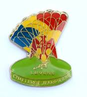 Pin's  NICE LEVENS (06) - Challenge JEAN PIERRE - Voile Tricolore - Aigle Rouge - Genicado - G336 - Parachutting