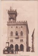 Lb 16 : SAINT  MARIN : Republica Di Saint Marino : Il  Palazzo  Governativo, Carte Carnet - Saint-Marin