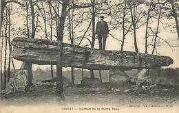 PIE-17-P.T.FR. 2517 : CIVRAY. VIENNE. LE DOLMEN DE LA PIERRE PESE - Dolmen & Menhirs