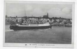 DIEPPE - N° 196 - LE BRIGHTON RENTRANT AU PORT - CPA NON VOYAGEE - Dieppe