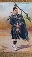 CPA ARGYLL SUTHERLAND HIGHLANDERS PIPER FULL UNIFORM  RAPHAEL TUCK OILETTE - Uniformi