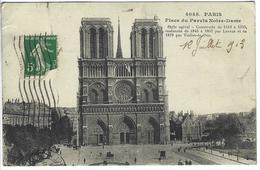 CPA 75 ( Paris ) - PARIS - Place Du Parvis Notre Dame - Notre Dame De Paris
