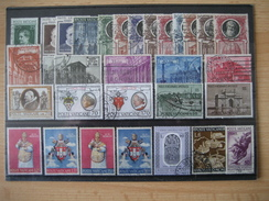 Vatican- Kleines Konvolut Briefmarken Gestempelt - Collections