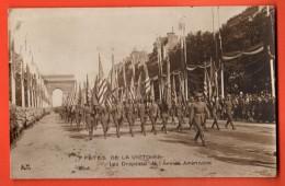 IBU-21  Fêtes De La Victoire Les Drapeaux De L'Armée Américaine. Militaria. Circulé - Patriottisch