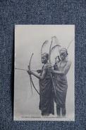 COLONIES AFRICAINES - Jeunes Guerriers S'exercant à L'ARC - Dahomey