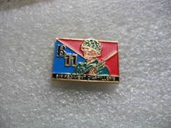 Pin's Militaire, 51eme Régiment D'artillerie, B11 - Militaria