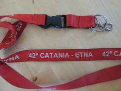 X COLLARINO BADGE PORTACHIAVI LACCETTO CRONO SCALATA 42 CATANIA-ETNA  RACE CARS - Automobilismo - F1