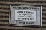 """Petite étiquette Pharmacie Médecine : """"Fer Réduit""""par L´hydrogène D´après La Formule De Quévenne : 3,50 Fr. Le Flacon - Etiquettes"""