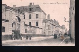 Lo016......4 Cpa Bergues - 5 - 99 Postcards
