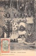 NOSSI BE / Femmes Sakalava - Belle Oblitération - Madagascar