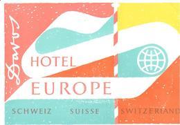 ETIQUETA DE HOTEL  - HOTEL EUROPE  -DAVOS - SUIZA (SUISSE)  ( CON CHARNELA ) - Hotel Labels
